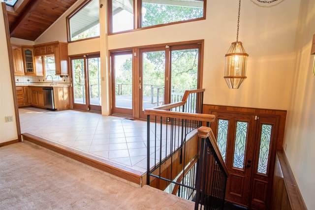 16 Castlewood Dr, Pleasanton, CA 94566 (#BE40966632) :: Schneider Estates