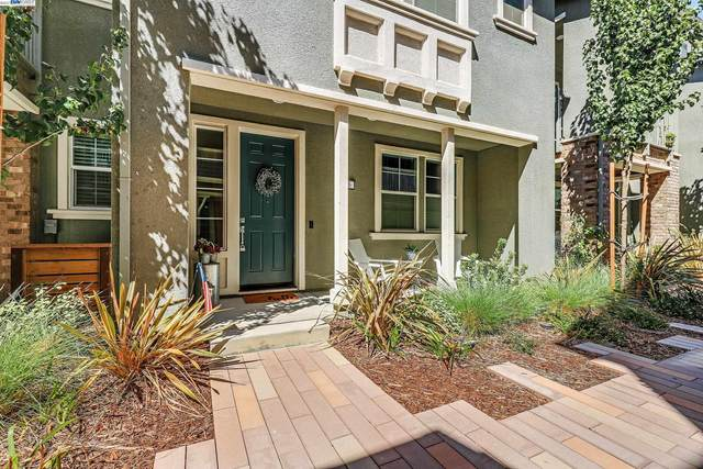 105 Apricot, Livermore, CA 94551 (#BE40967186) :: Robert Balina | Synergize Realty