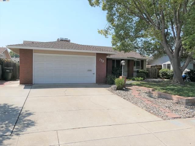 733 Canterbury Ave, Livermore, CA 94550 (#BE40967810) :: Schneider Estates