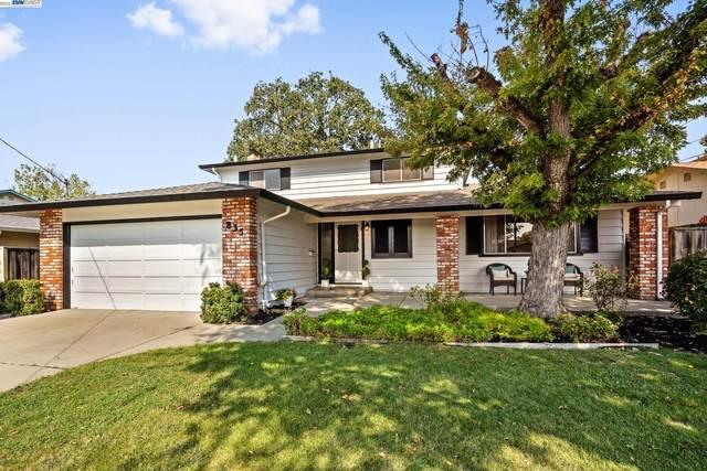 835 Wall St, Livermore, CA 94550 (#BE40967866) :: Schneider Estates