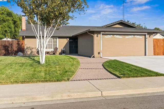 2191 Percheron Rd, Livermore, CA 94551 (#BE40968164) :: Schneider Estates