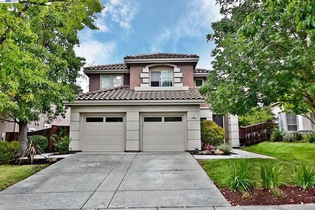 404 Antelope Ridge Way, Danville, CA 94506 (#BE40970036) :: Alex Brant
