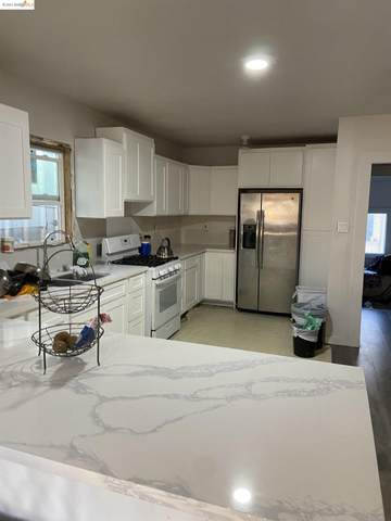 958 54Th Ave, Oakland, CA 94601 (#EB40971211) :: Paymon Real Estate Group