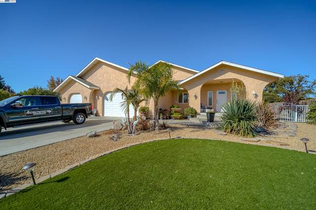 80 Agua Verde Dr., Red Bluff, CA 96080 (#BE40971550) :: The Sean Cooper Real Estate Group