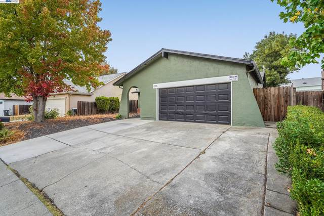 2266 Ross Pl, Fairfield, CA 94533 (#BE40971761) :: Paymon Real Estate Group