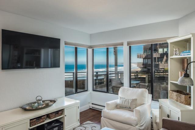 1 Surf Way 122, Monterey, CA 93940 (#ML81696634) :: Strock Real Estate