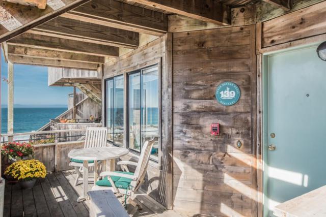 1 Surf Way 139, Monterey, CA 93940 (#ML81698760) :: Strock Real Estate