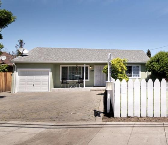 3335 Page St, Redwood City, CA 94063 (#ML81702516) :: The Kulda Real Estate Group