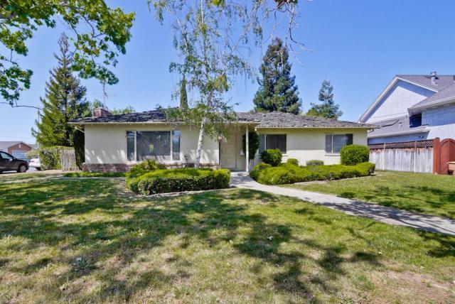 20739 Sunrise Dr, Cupertino, CA 95014 (#ML81705719) :: The Dale Warfel Real Estate Network