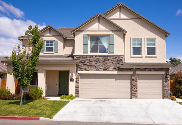 1061 Cypress St, Hollister, CA 95023 (#ML81706111) :: The Goss Real Estate Group, Keller Williams Bay Area Estates
