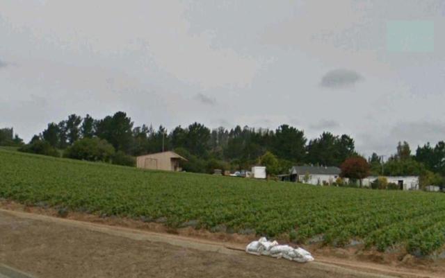 1870 Ranport Rd, Watsonville, CA 95076 (#ML81706673) :: Strock Real Estate