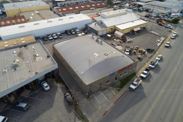 2566 Bay Rd, Redwood City, CA 94063 (#ML81710083) :: The Kulda Real Estate Group