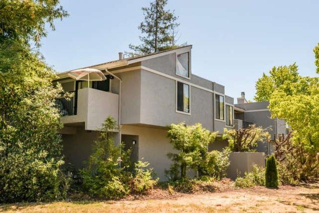 1 Doris Ct, Redwood City, CA 94061 (#ML81713485) :: The Warfel Gardin Group