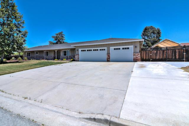 221 Holliday Dr, Hollister, CA 95023 (#ML81714271) :: Perisson Real Estate, Inc.