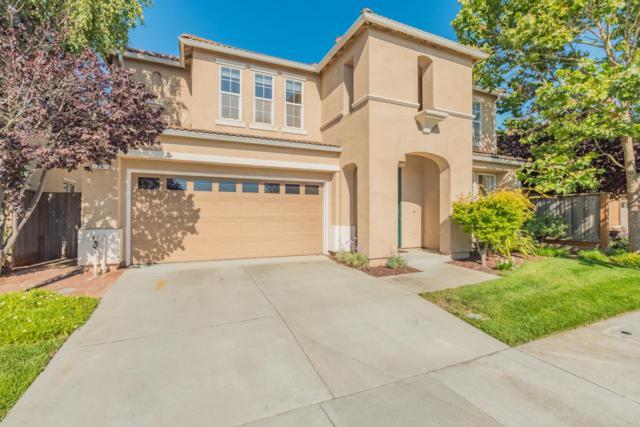 15 Paseo Dr, Watsonville, CA 95076 (#ML81714993) :: The Kulda Real Estate Group
