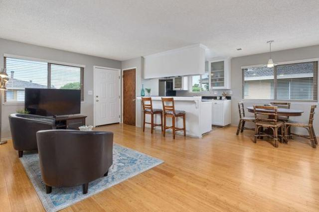 4250 Diamond St 4, Capitola, CA 95010 (#ML81715984) :: Brett Jennings Real Estate Experts