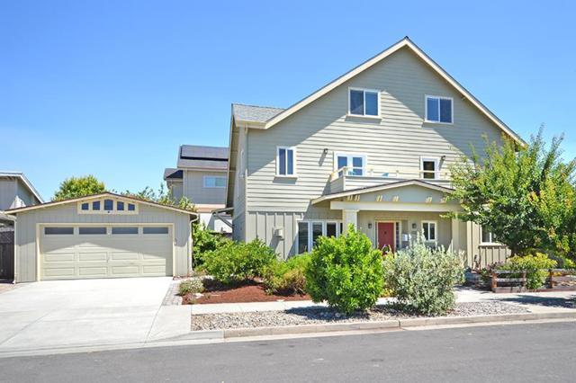 102 Linden St, Santa Cruz, CA 95062 (#ML81718119) :: The Warfel Gardin Group