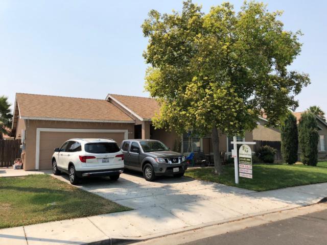 521 N Santa Ana St, Los Banos, CA 93635 (#ML81718392) :: The Warfel Gardin Group