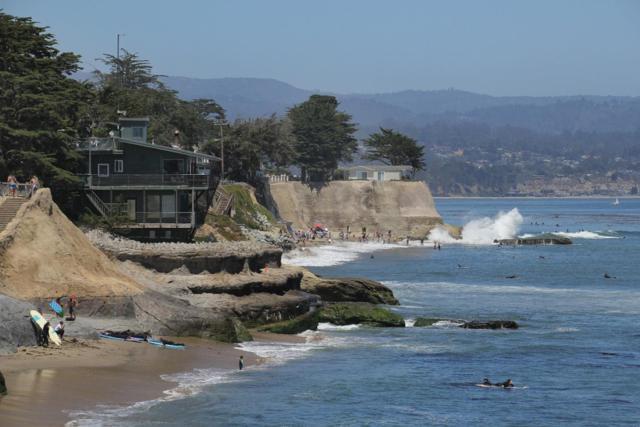 540 Madrone Ave, Santa Cruz, CA 95062 (#ML81718804) :: The Kulda Real Estate Group