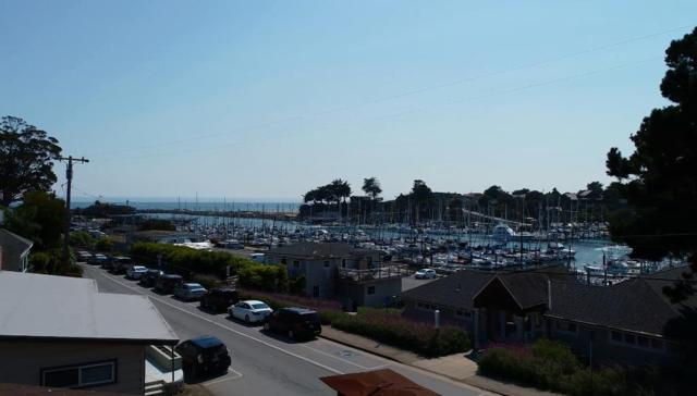 380 Lake Ave, Santa Cruz, CA 95062 (#ML81718923) :: The Kulda Real Estate Group