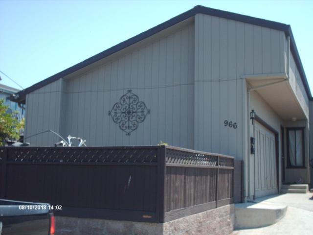 966 Hamilton Ave, Seaside, CA 93955 (#ML81719022) :: The Warfel Gardin Group