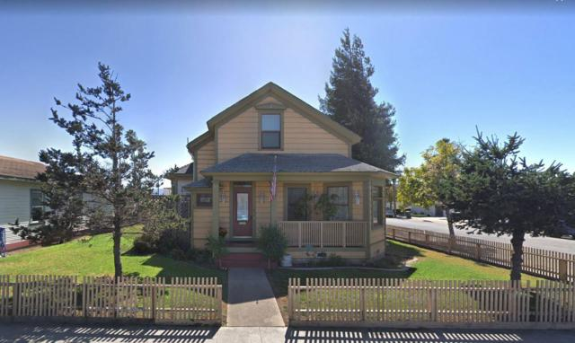 139 Clay St, Salinas, CA 93901 (#ML81720250) :: Strock Real Estate
