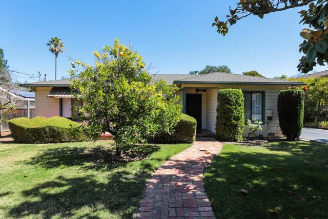 1355 Holly Ave, Los Altos, CA 94024 (#ML81723921) :: Strock Real Estate