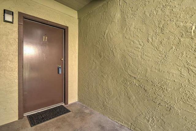 309 Tradewinds Dr 11, San Jose, CA 95123 (#ML81724107) :: The Warfel Gardin Group