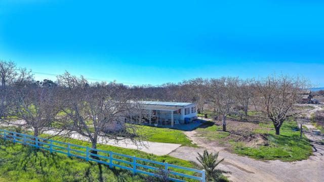 7968 Lovers Ln, Hollister, CA 95023 (#ML81725443) :: Brett Jennings Real Estate Experts