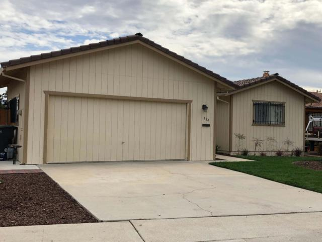 884 N Madeira Ave, Salinas, CA 93905 (#ML81725878) :: Julie Davis Sells Homes