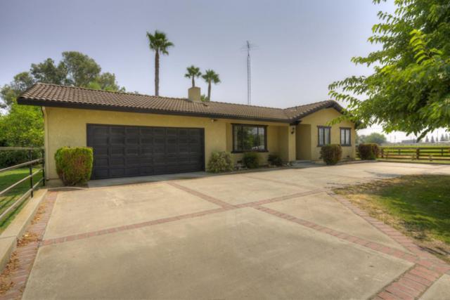 9824 Pioneer Ave, Oakdale, CA 95361 (#ML81725960) :: The Kulda Real Estate Group