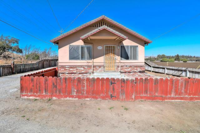 30 Mission Vineyard Rd, San Juan Bautista, CA 95045 (#ML81726681) :: The Kulda Real Estate Group