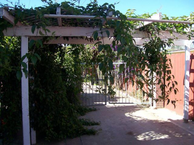 229 9th St, Greenfield, CA 93927 (#ML81726910) :: Julie Davis Sells Homes