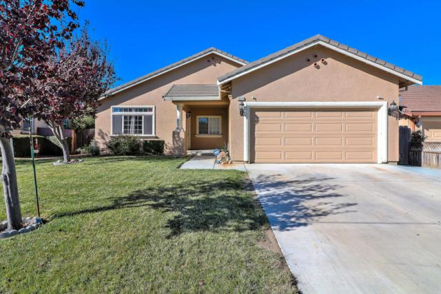 854 Powell St, Hollister, CA 95023 (#ML81727601) :: The Kulda Real Estate Group