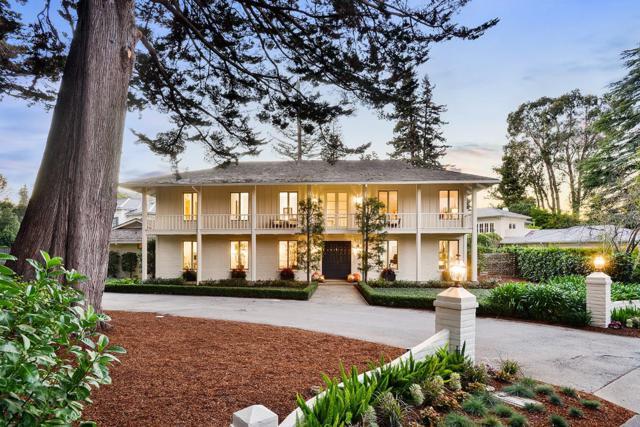 5 Denham Ct, Hillsborough, CA 94010 (#ML81727637) :: The Kulda Real Estate Group