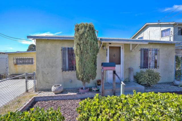 1655 Laguna St, Seaside, CA 93955 (#ML81728991) :: The Goss Real Estate Group, Keller Williams Bay Area Estates