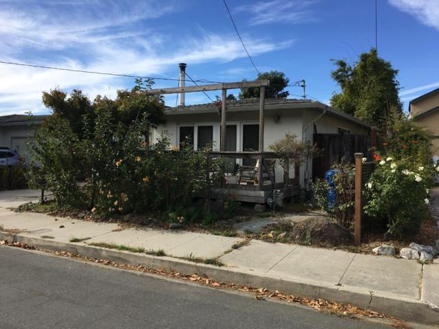 137 Palmetta St, Santa Cruz, CA 95060 (#ML81730179) :: The Warfel Gardin Group