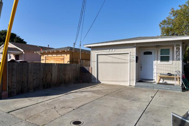 225 Pacific Ave, Redwood City, CA 94063 (#ML81730973) :: Keller Williams - The Rose Group