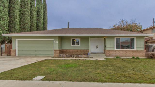 951 Elm Ave, Gustine, CA 95322 (#ML81733112) :: Julie Davis Sells Homes