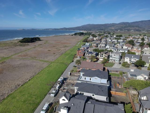 525 Railroad Ave, Half Moon Bay, CA 94019 (#ML81733821) :: Julie Davis Sells Homes