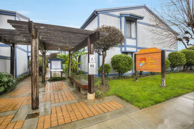 1925 46th Ave 107, Capitola, CA 95010 (#ML81735627) :: Keller Williams - The Rose Group