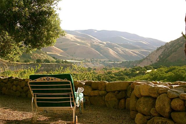 46005 Arroyo Seco Rd, Greenfield, CA 93927 (#ML81736051) :: The Gilmartin Group
