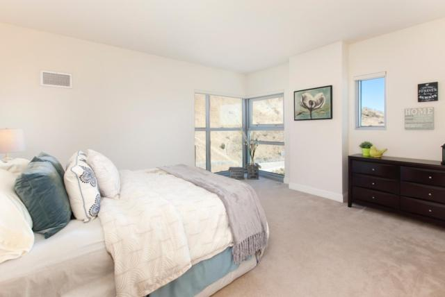1 Mandalay Pl 1210, South San Francisco, CA 94080 (#ML81737231) :: Perisson Real Estate, Inc.
