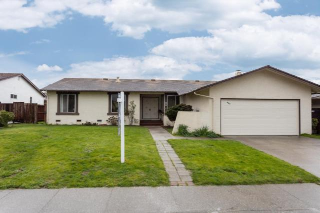 407 Casa Del Mar Dr, Half Moon Bay, CA 94019 (#ML81738987) :: The Kulda Real Estate Group
