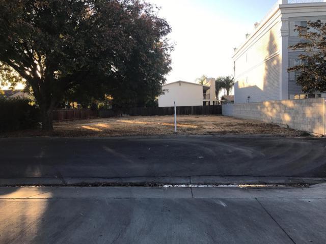 1 Sierra Ln, Los Banos, CA 93635 (#ML81739981) :: Strock Real Estate