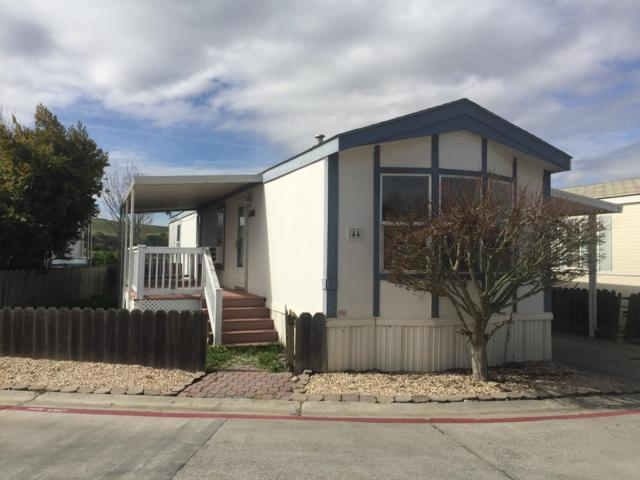 44 Almond Dr 44, Hollister, CA 95023 (#ML81740245) :: The Gilmartin Group