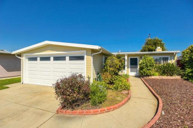 1331 Dix St, San Mateo, CA 94401 (#ML81743594) :: The Gilmartin Group