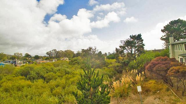 0 San Carlos, El Granada, CA 94018 (#ML81746267) :: The Kulda Real Estate Group