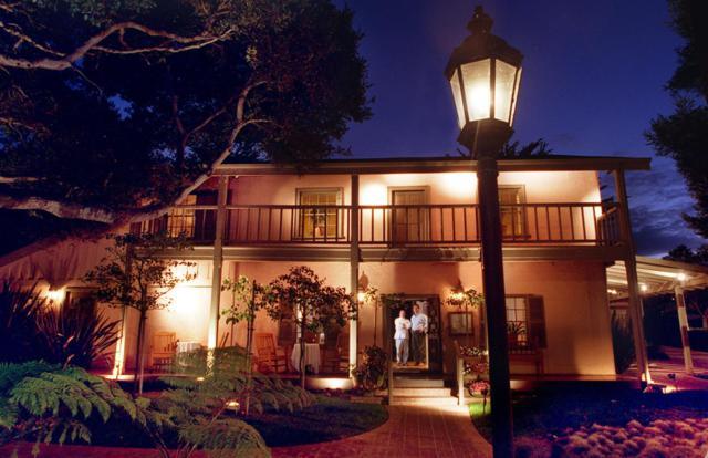 500 Hartnell St, Monterey, CA 93940 (#ML81746401) :: The Realty Society