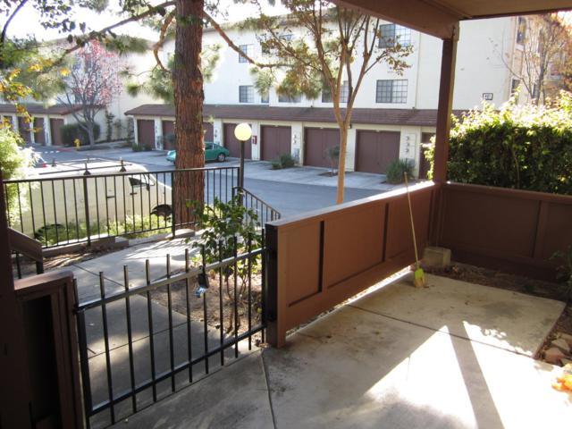 448 Costa Mesa Ter A, Sunnyvale, CA 94085 (#ML81747491) :: The Warfel Gardin Group